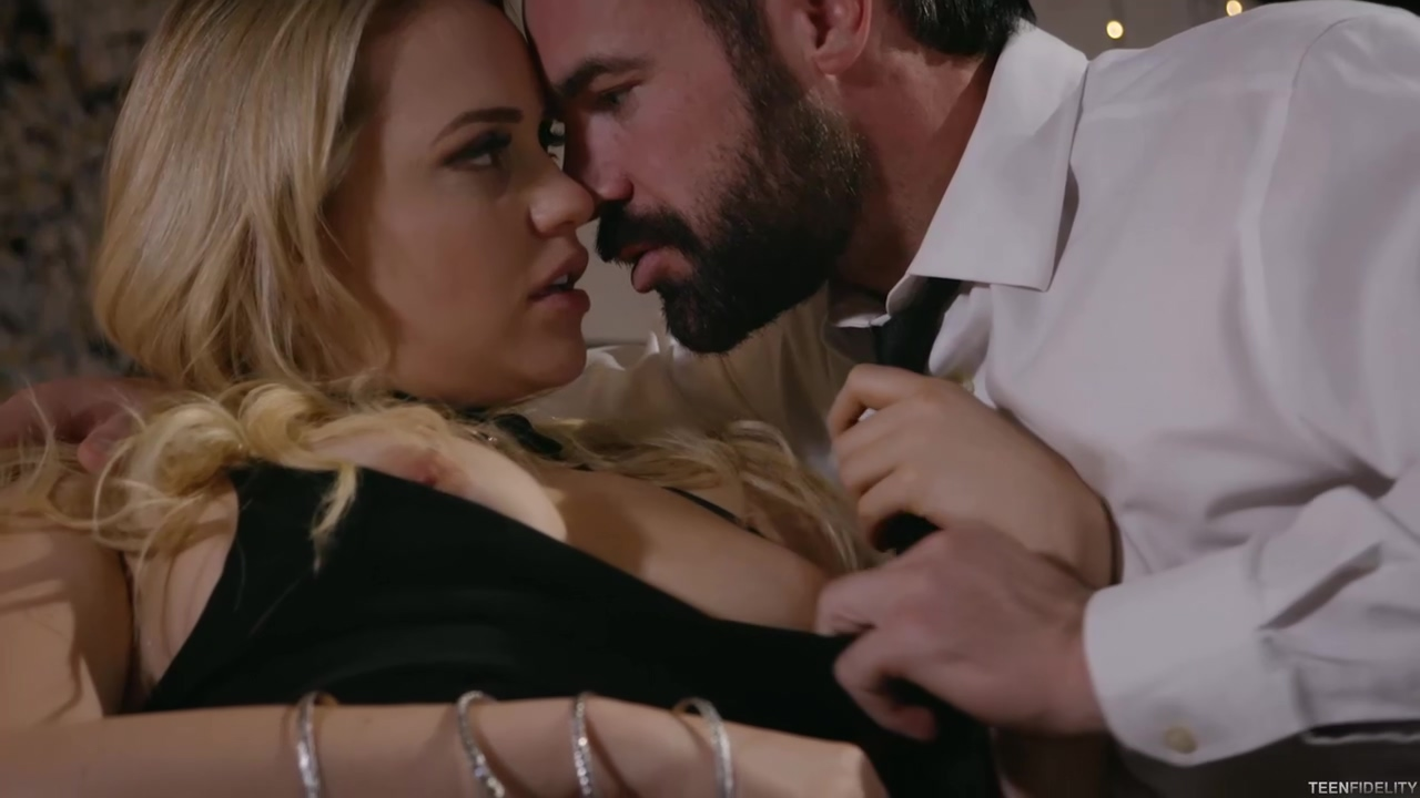 Mia Malkova Is Holding Her Legs Lifted High Above Her Head And Getting Fucked Very Hard