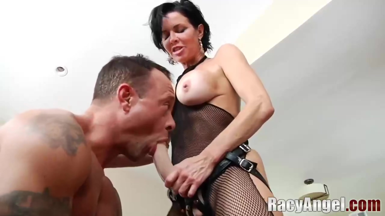 Hot Veronica Avluv And Juelz Ventura Like Shoving Big Strapon Deep In Their Partners Ass