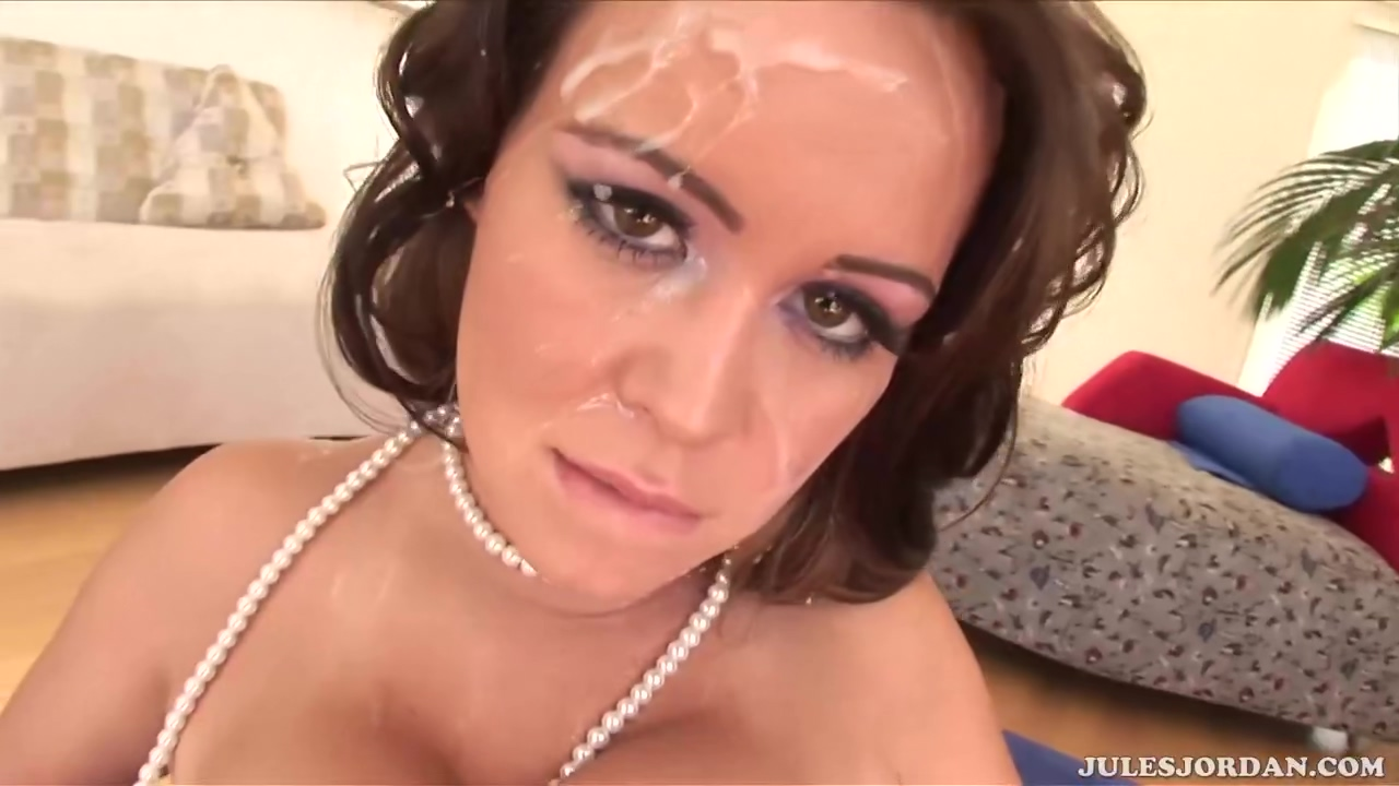 Voluptuous Lady With Great Tits Brandy Talore Is Masturbating With A Glass Dildo Before A Threesome