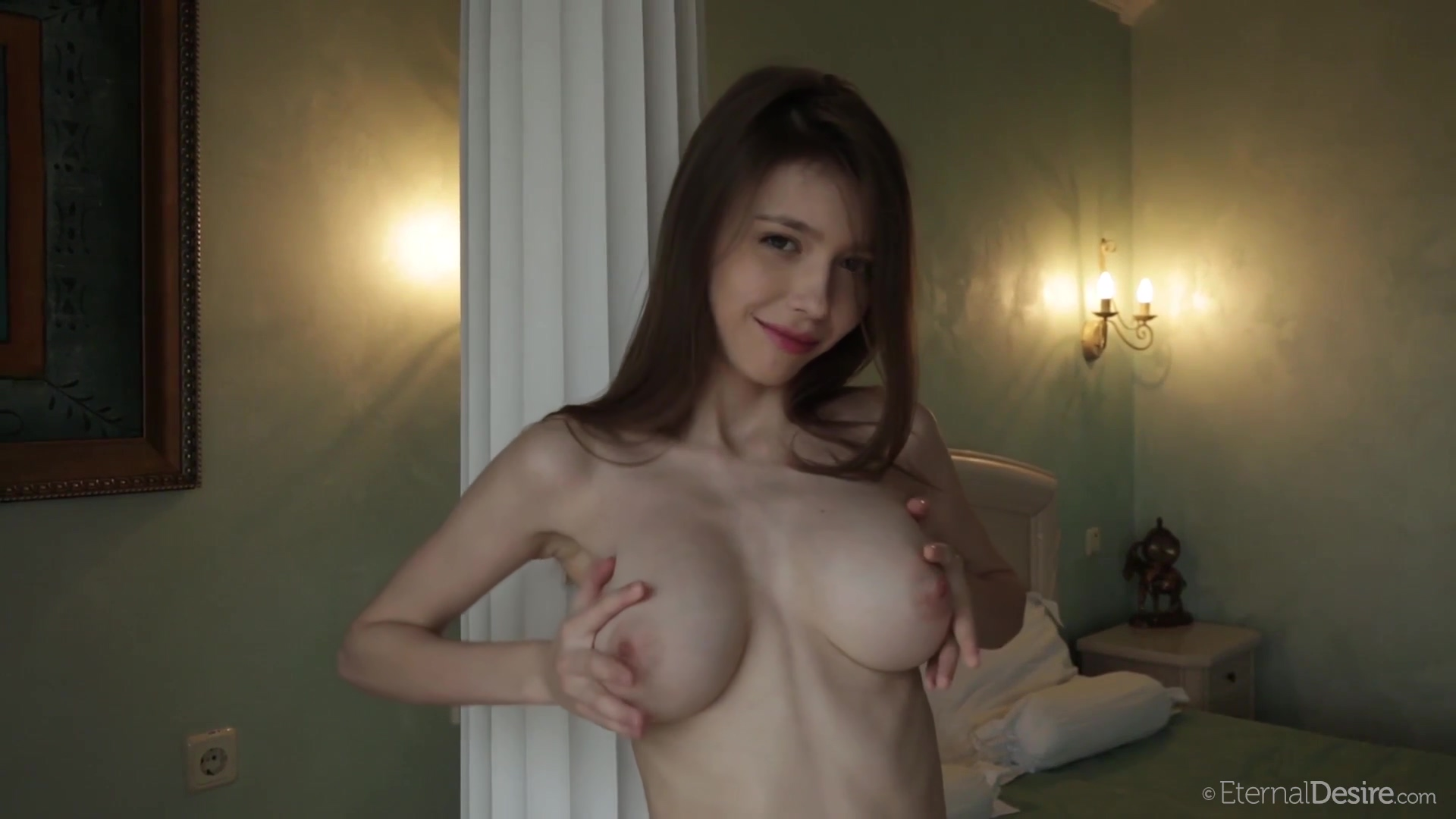 Lovely Young With A Hot Body And Big Boobs Solo