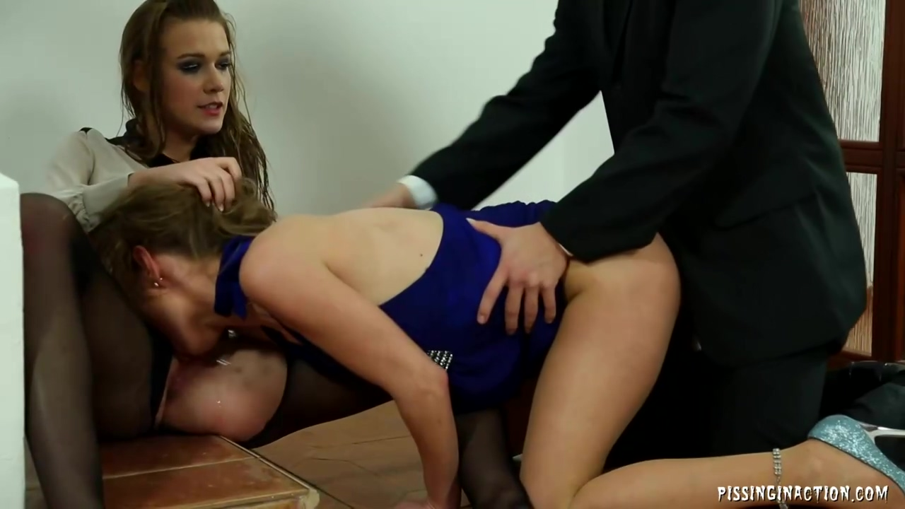 Alexis Love and her co- worker are taking turns sucking their bosss dick, during a threesome