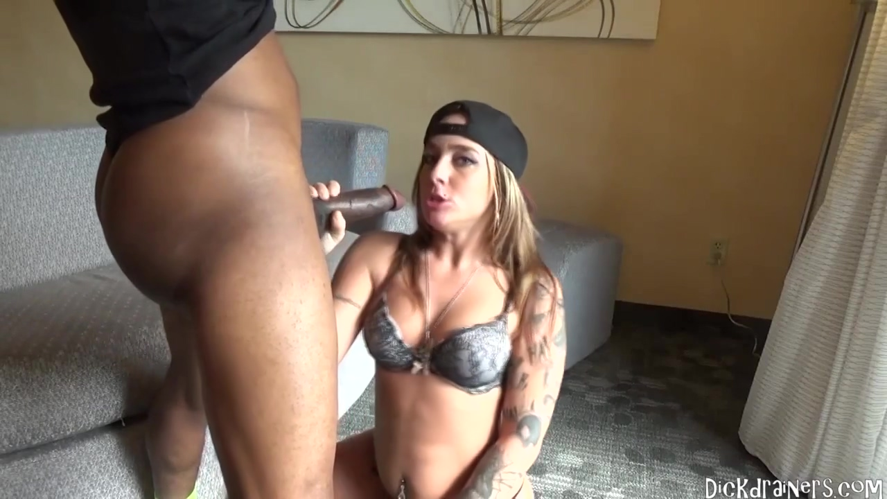 Adorable Tattooed Babe With A Nice Butt Kayla Sucks A Great Black Penis Like A Pro