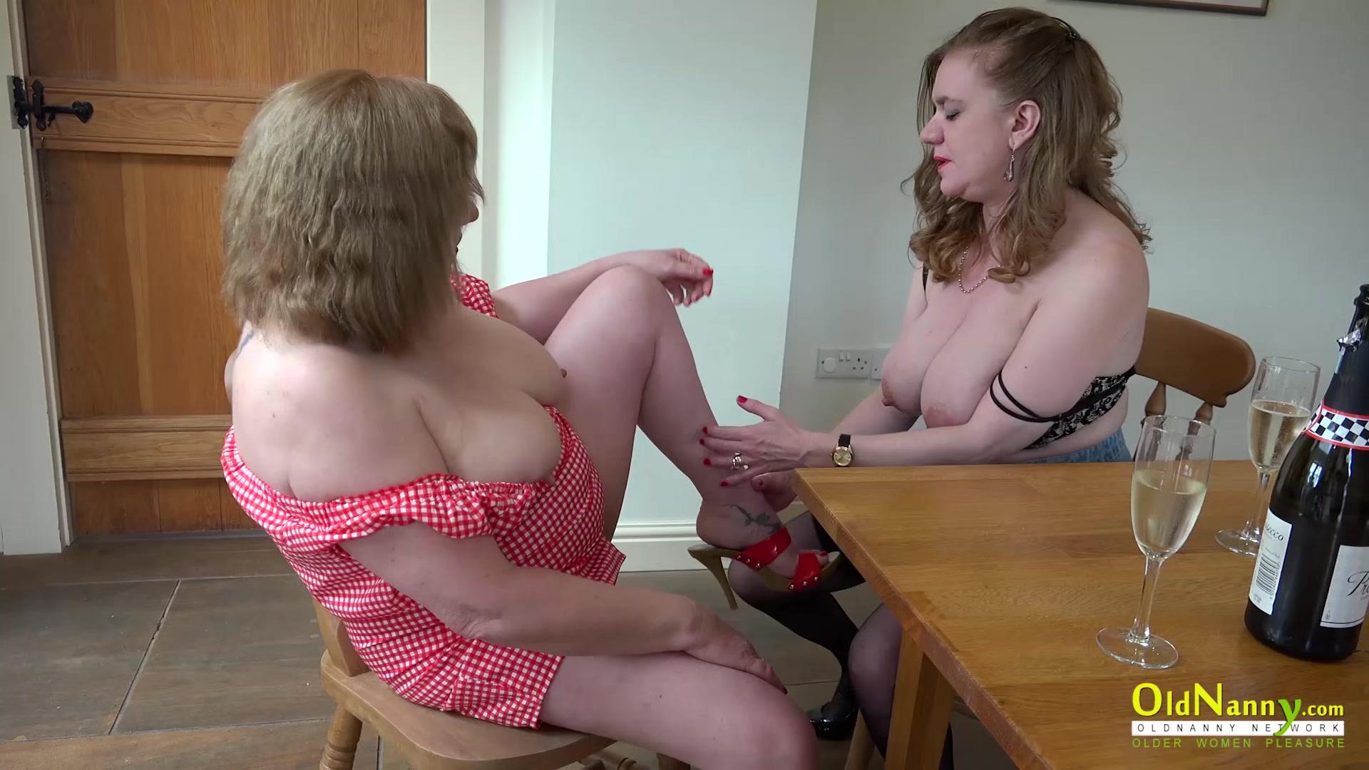 Euro Mature Lesbians Masturbation