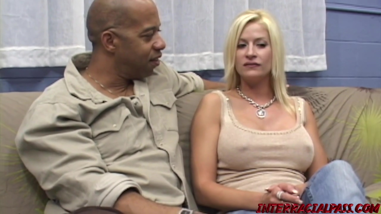 Lauren Kain Is A Seductive Blonde Mature Who Likes To Get Sperm On Face After Hardcore