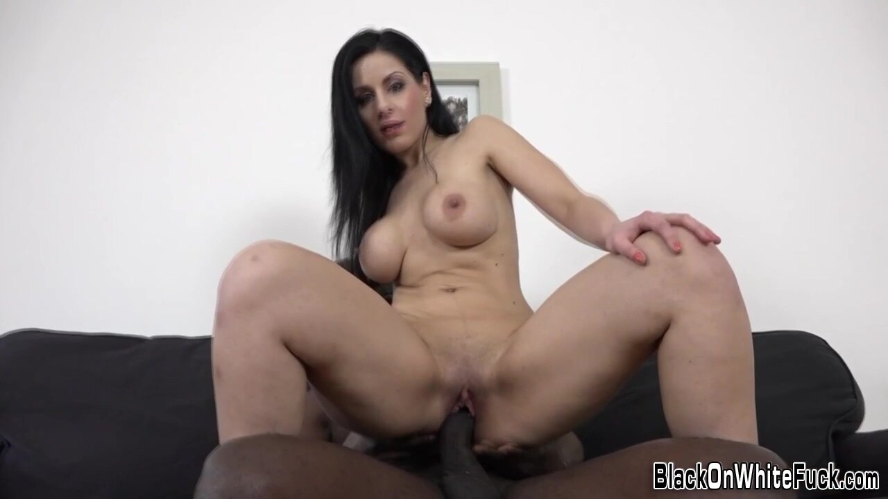 White Mature Gets Creampied By Huge Black Cock