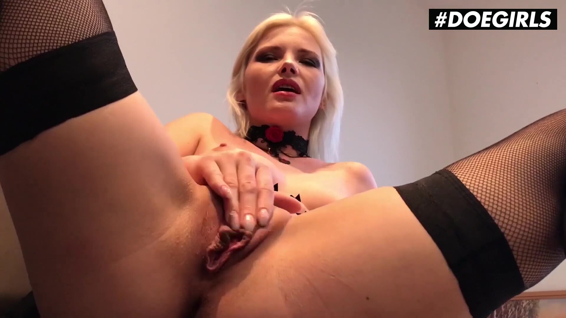 Zazie Skymm Solo Cunt Fingering With Sexy Blonde Teen
