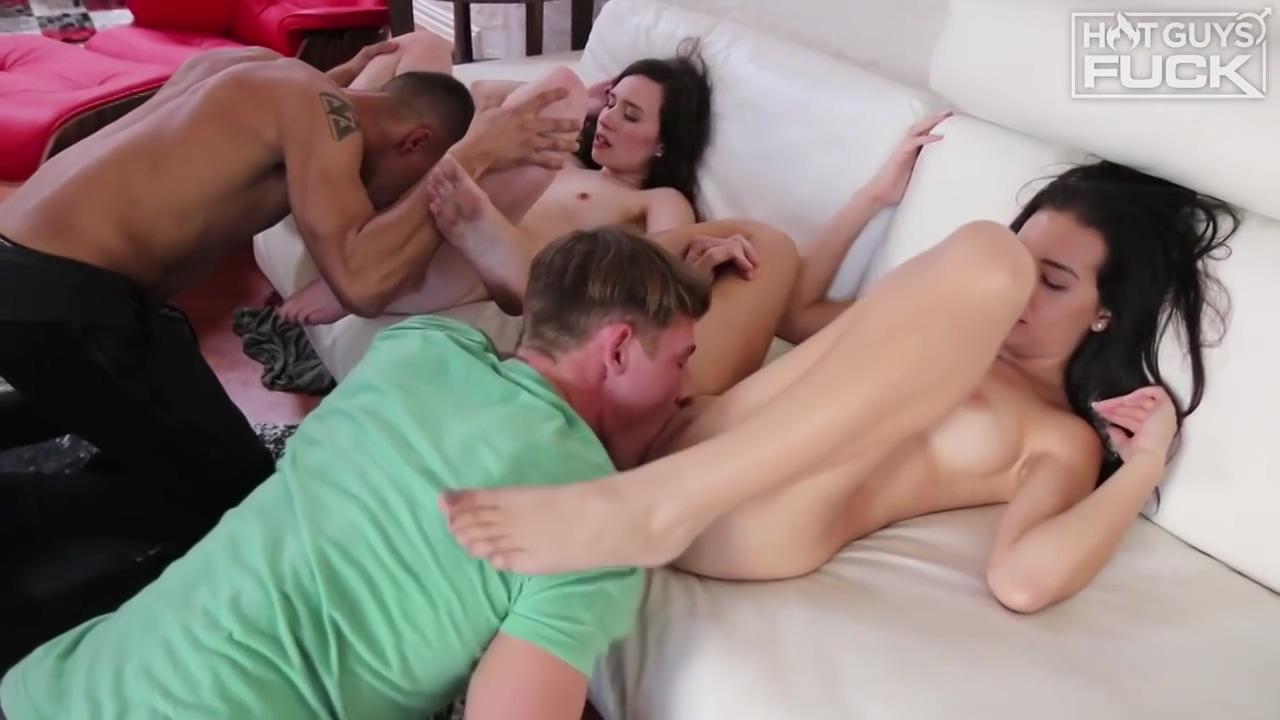 Price Hogan & Rachel Ford - Group Sex
