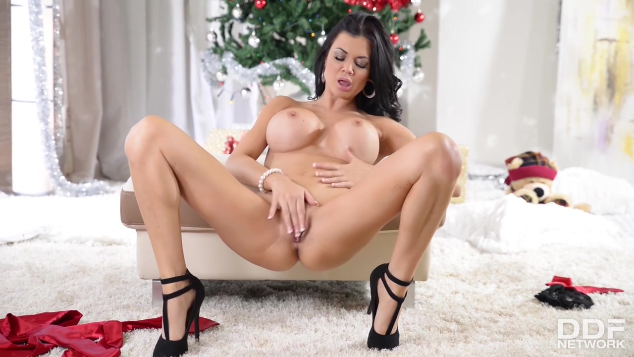 Jasmine Jae - Wrapped And Ready For You