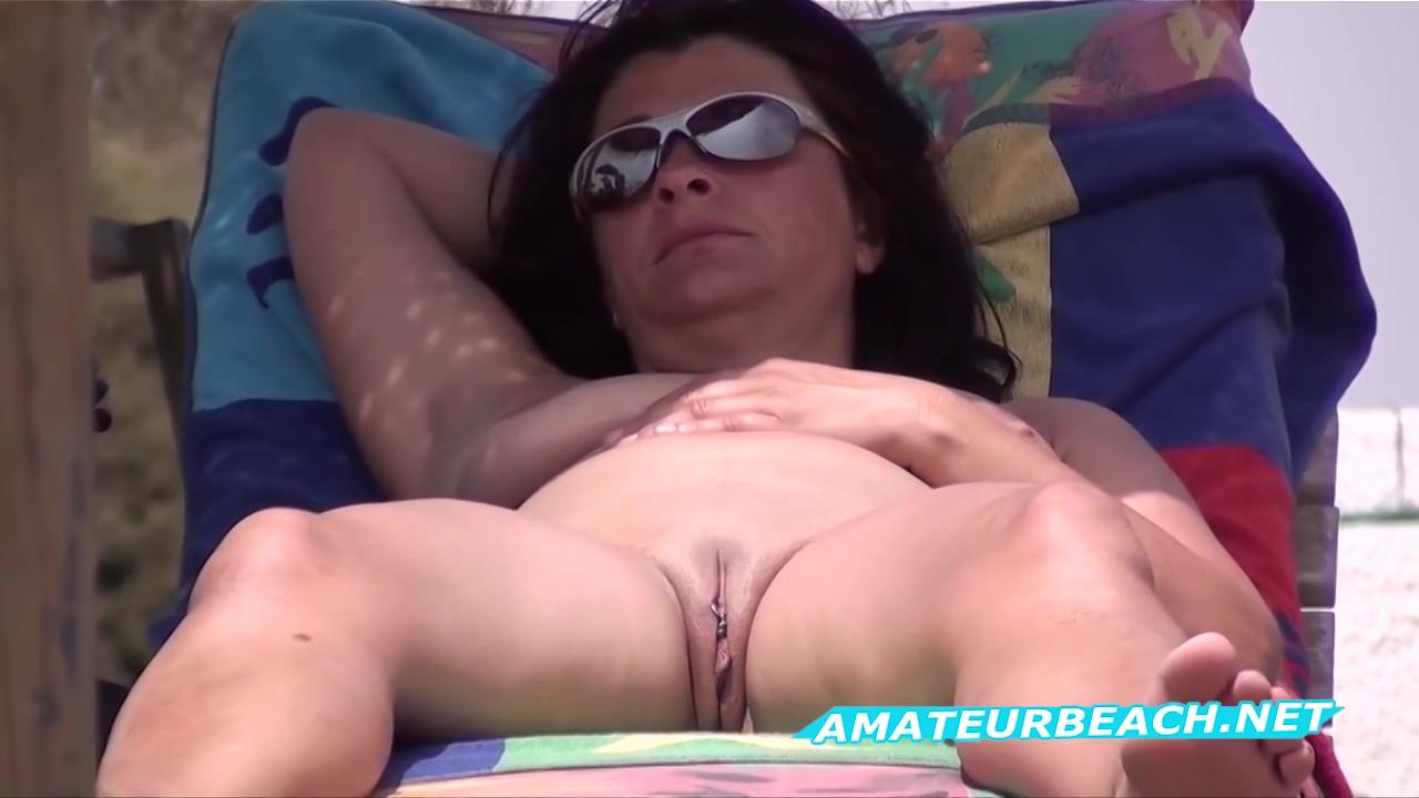 Pussy Close Up Nudist Voyeur Beach Amateur Video