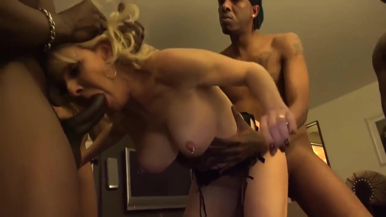 Naughty Blonde Mature Slut In An Ir Gang