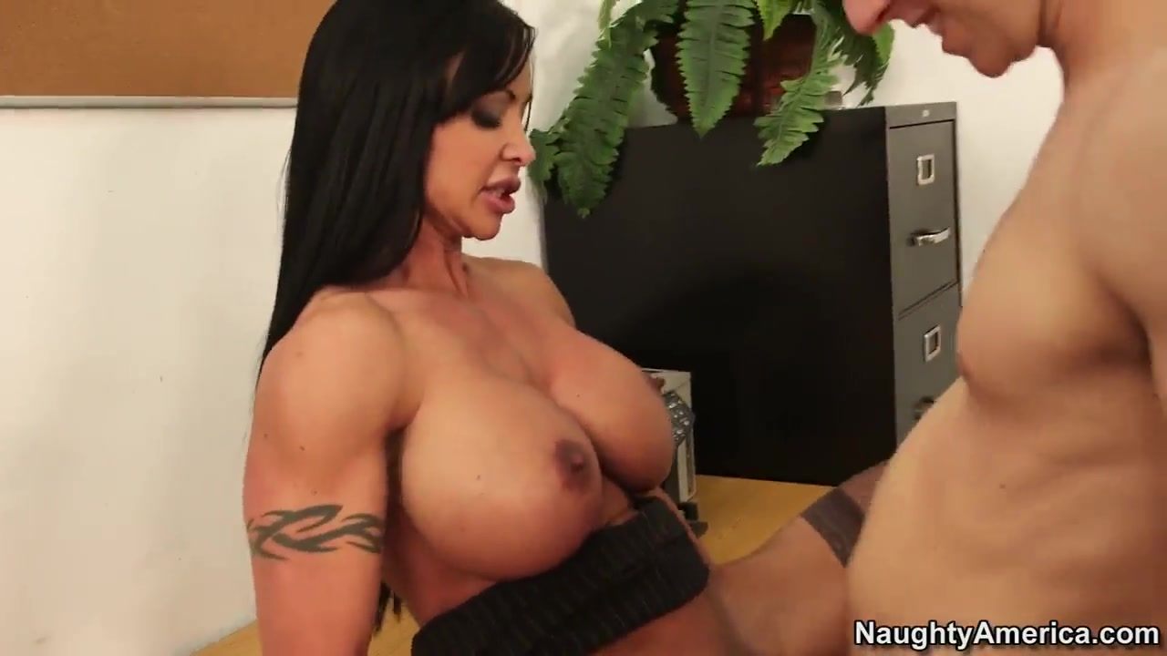 Danny Wylde has to shower Jewels Jade with his precum