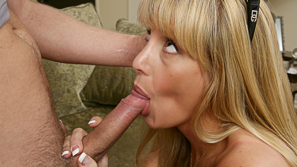 Olivia Parrish & Danny Wylde in My Friends Hot Mom