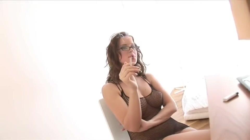 Incredibly sexy slut - Cindy Dollar