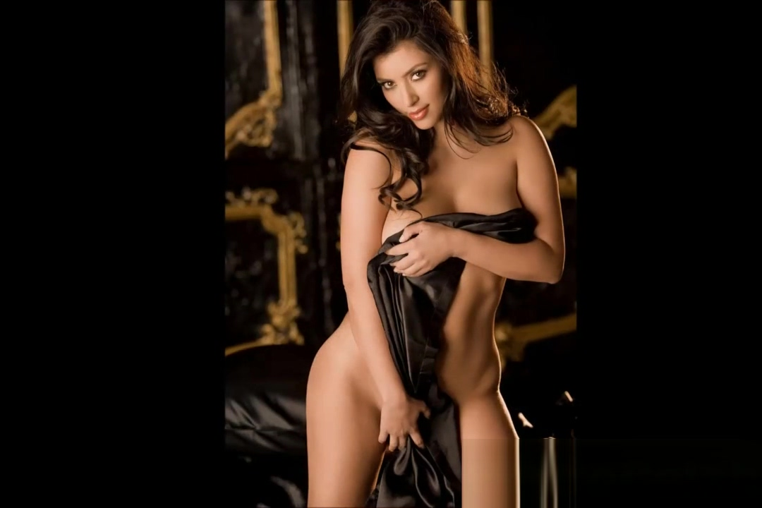 Kim Kardashian Nude Celeb Babe Oiled Pussy